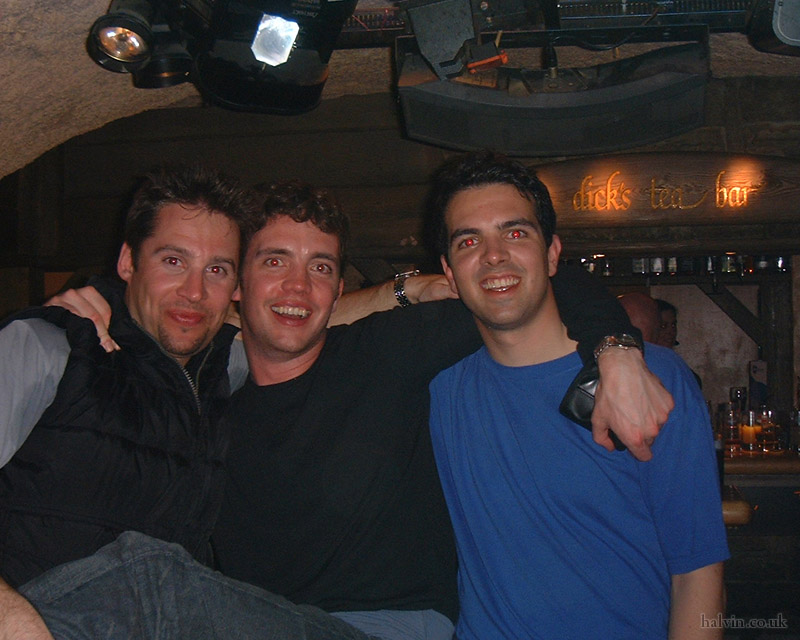 Mottaret 2002 - Boozing it up in Dick's Tea Bar, Meribel.