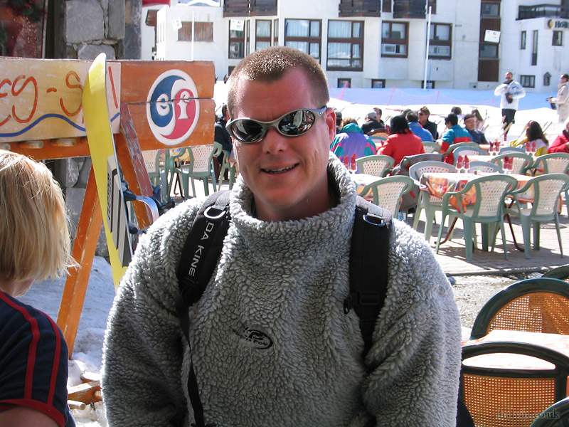 Tignes 2003 - Simon Reynolds, just before heading off for our ill-fated race down the glacier.